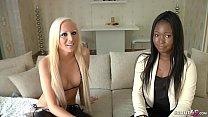 German Lesbian - ECHTES LESBEN CASTING MIT SCHWARZER DEUTSCHEN AUS HAMBURG pornhub video