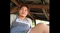 Thai aunty flashing outdoor ภาพขนาดย่อ