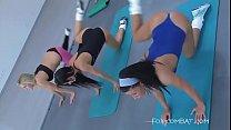 Teri vs Melissa lesbian wrestling