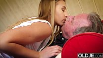 Fat old man fucked by beautiful young girl teen blowjob cumshot doggystyle Vorschaubild