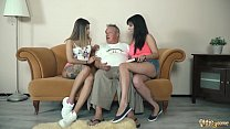 Old grandpa fucks beautiful teens in hot threesome [노인과 젊은여자 old and young]