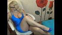 Big tits blonde fatty spreads legs for masseur