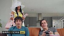 Milfs Like it Big - (Diamond Kitty, Ricky Spanish) - Her Sunday Best - Brazzers thumbnail