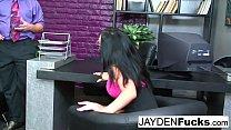 Sexy Jayden Jaymes gets nude & fucked