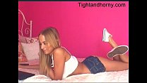 Sexy blonde playing with herself on webcam - ti...