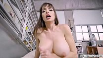 Lexi Luna always gives her pervy stepson a spec...