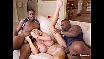 Luscious Cougar Brooke Tyler Gets Dicked Down