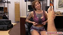 Tattooed woman gets nailed by pawn dude in his office