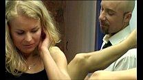 Laura esta sola (2003) Preview