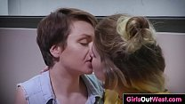 Amateur gals eat out hairy pussies - 69VClub.Com