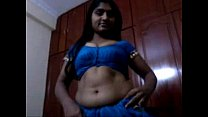 5221535 andhra aunty blowjob and saree strip