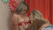 Lesbo latina facesits blonde tutor