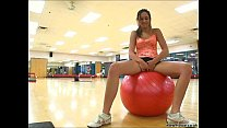 Girlfriend gets horny at the gym thumbnail