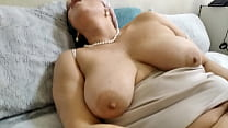 Kinky Hot Mature Bitch AimeeParadise: Hard Fist
