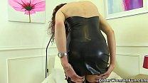 British milf Scarlet fingers her wet cunt Image