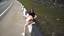 Bella Fisting on the street