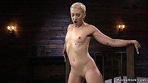 Short haired blonde anal fucks machine Vorschaubild