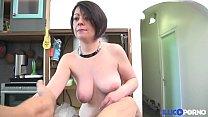 Défonce extrême pour la femme du garagiste [Full Video] illicoporno thumbnail