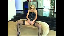 Sultry blonde in leather gear Samantha Ryan put...'s Thumb