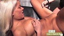 Sexy Blond Mature Vorschaubild