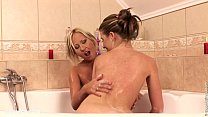 Bubble Dildoers Chyanne and Butterfly lesbian s...