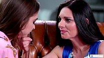 MOMMY'S GIRL - Step Mom confesses her deep feelings - Riley Reid and Mindi Mink Vorschaubild