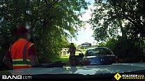 Roadside - cheating girlfriend sucks off mechanic outdoors - 69VClub.Com