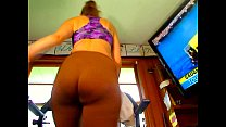 plump pawg in spandex tease thumbnail