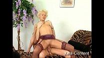 Blonde boss gets fucked Vorschaubild