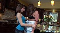 Amateur stepsister lesbo