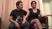 Zarah et Lenny rencontrés en club libertin s'amusent devant les caméras porn image