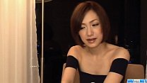Nene Iino having a big cock throating her well缩略图