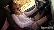 Yanks Babe Chloe Randall Masturbates In The Car