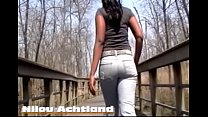Nilou's Nature Walk In Rockstar Jeans