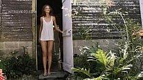 Cintia Dicker hald naked on the beach