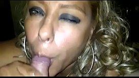 Prostituta mexicana dando una deliciosa mamada