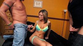 Jessie Summers Satisfies 2 Dicks At Once