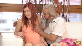 DADDY4K. Exp&eacute_rience inattendue avec un vieux gentleman