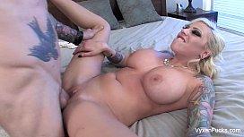 Vyxen Steel gets cum on her tits
