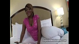 Black Teen w Amazing Ass gets her Booty Fucked in Amateur POV Video