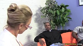 Hot cougar Jenna Covelli takes two BBC's