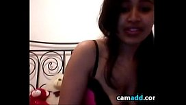 Webcam Cutie Plays With Her Pussy And Ass