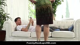 Sexy Stepmom Sarah Vandella Slobbers On Stepsons Cock