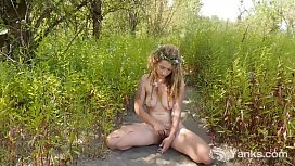 Yanks Blonde Sonny Silver Masturbates Outdoors