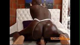 Teen ebony entertains her audience with her orgasms --- venuslesbians.online