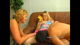 Mom,daughter and son xnxx image