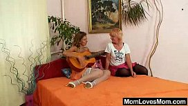 Woolly milf gets toyed by mad blondie wifey