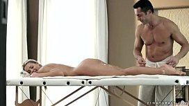 Erotic Porn Massage Feels So Good - RevolutionPorn360.com