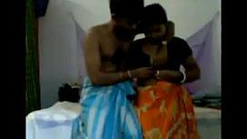 Bhabhi Wearing A Sari Played A Sex Game