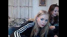 Gi ockcom Shy Teens Hot siswet flashing ass on live webcam cambiz